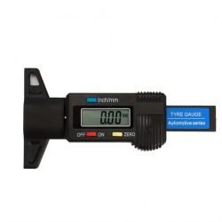 Digitální měřič hloubky dezénu pneumatik